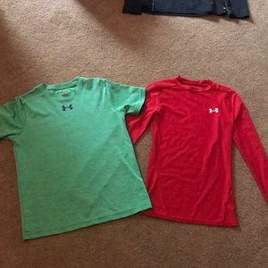 Two Under Armor Shirts red/green